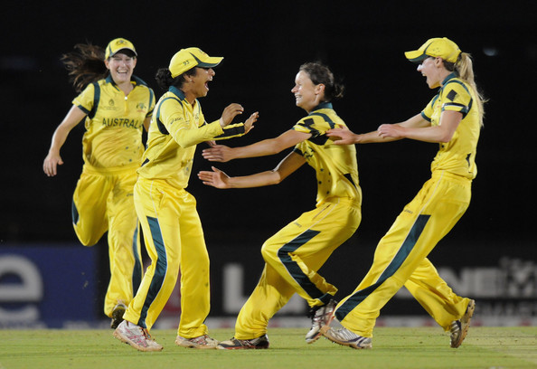 Lisa Sthalekar celebrates with teammates as Australia wins the World Cup Source: Pal Pillai/Getty Images AsiaPac